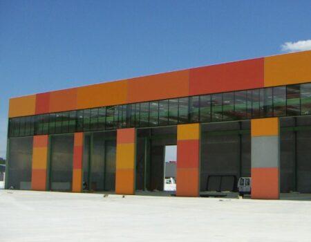 Planta de fabricación industrializada de volquetes y cajas metálicas en León